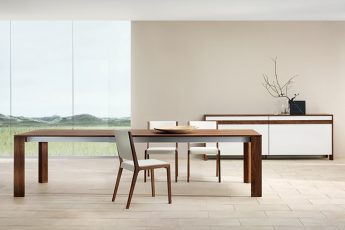 Beautiful-Modern-home-sustainable-wood-dining-table