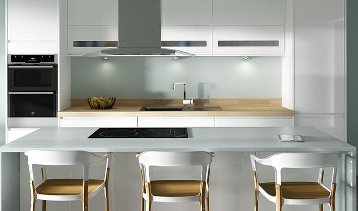 кухня в бял цвят