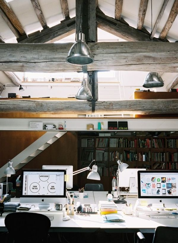 attic-office-beams-exposed