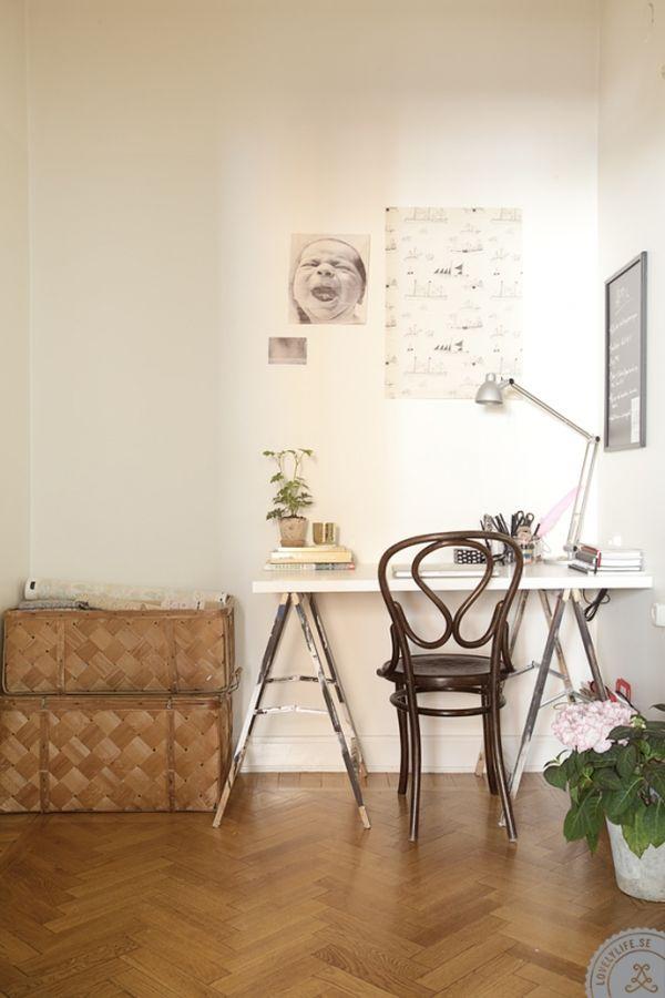 vintage-desk-scandinavian